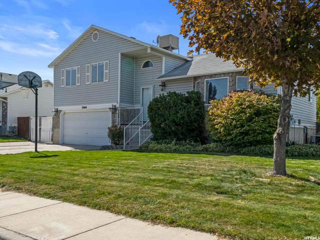 3960 S Red Hawk Rd, West Valley City, UT 84119 (#1704899) :: Red Sign Team