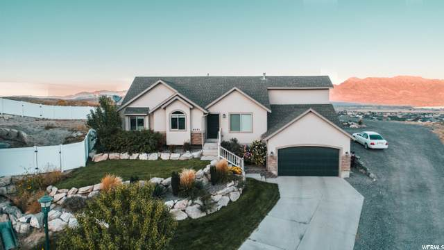 4001 E Eagle Top Ct N, Eagle Mountain, UT 84005 (#1705215) :: Powder Mountain Realty