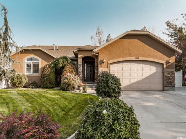 5157 W Canyon Rose Cir, Herriman, UT 84065 (#1705819) :: The Fields Team
