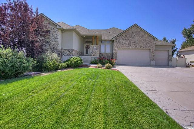 3016 S 2000 W, Syracuse, UT 84075 (#1706256) :: Powder Mountain Realty