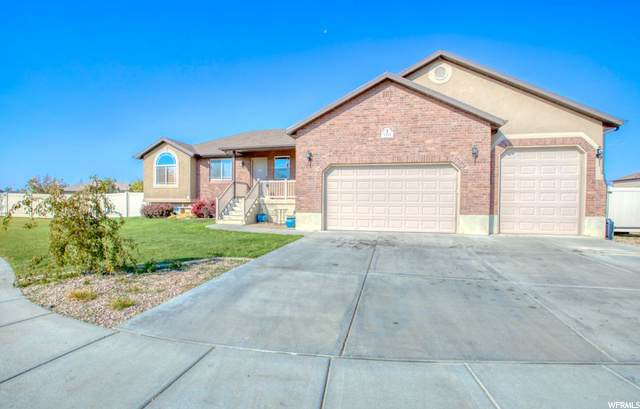 1332 S 4125 WEST CIRCLE, Syracuse, UT 84075 (#1706549) :: RE/MAX Equity