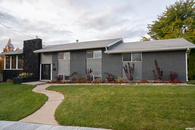 2565 E Stringham Ave S, Salt Lake City, UT 84109 (#1707579) :: Gurr Real Estate
