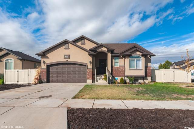 1115 S 1425 W, Clearfield, UT 84015 (#1707838) :: Gurr Real Estate