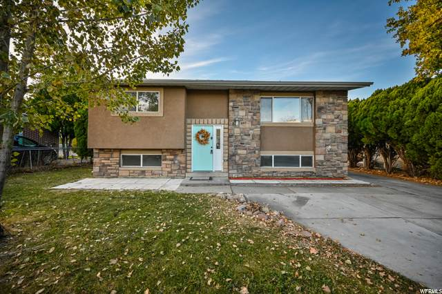 467 Morton Dr, Salt Lake City, UT 84116 (#1708724) :: Powder Mountain Realty