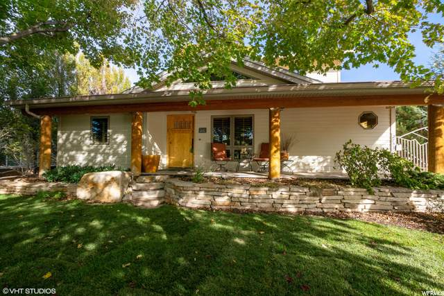 2753 E Canyon View Dr, Salt Lake City, UT 84109 (#1709045) :: Doxey Real Estate Group