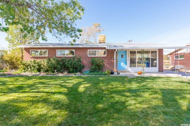 1177 N Nocturne Dr W, Salt Lake City, UT 84116 (#1709056) :: The Fields Team