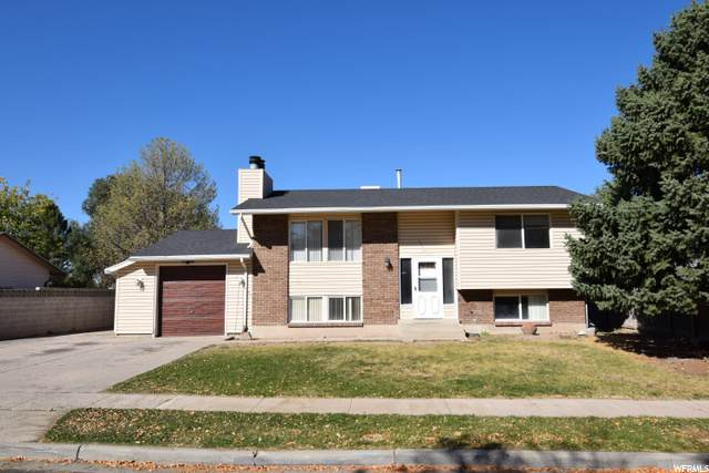 5520 W Lockwood Dr S, West Valley City, UT 84120 (#1709495) :: Colemere Realty Associates
