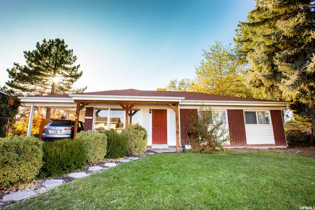 4276 S 3920 W, West Valley City, UT 84120 (#1709530) :: Colemere Realty Associates