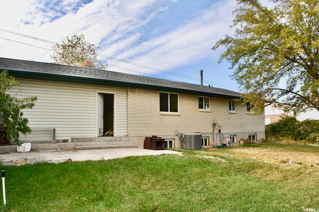 4351 S 3200 W, West Valley City, UT 84119 (#1709733) :: Colemere Realty Associates
