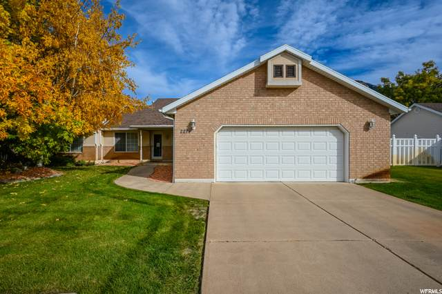 2274 N 500 E, North Ogden, UT 84414 (#1710350) :: Gurr Real Estate