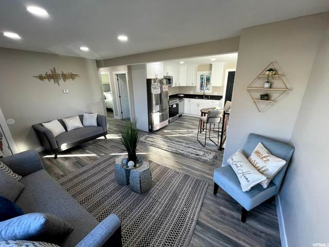 768 E Garden Ave, Salt Lake City, UT 84106 (#1710422) :: Pearson & Associates Real Estate