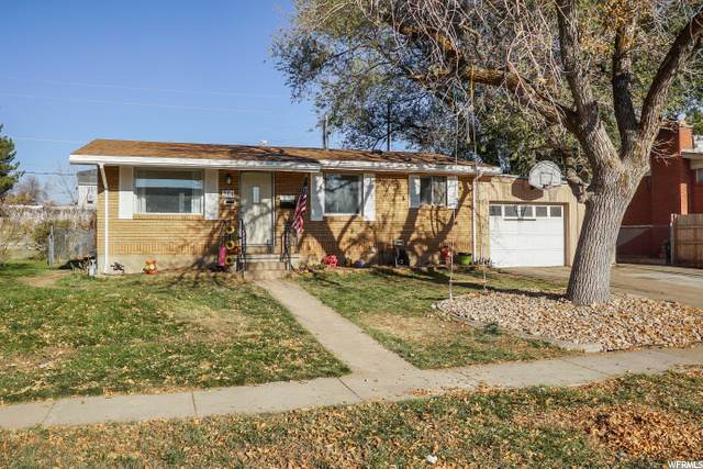364 N Fern Dr E, Clearfield, UT 84015 (#1710470) :: RE/MAX Equity