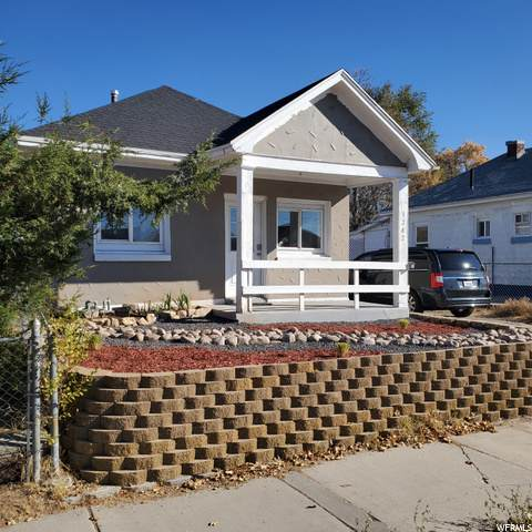 3242 S Lincoln Ave W, Ogden, UT 84401 (#1710537) :: Powder Mountain Realty