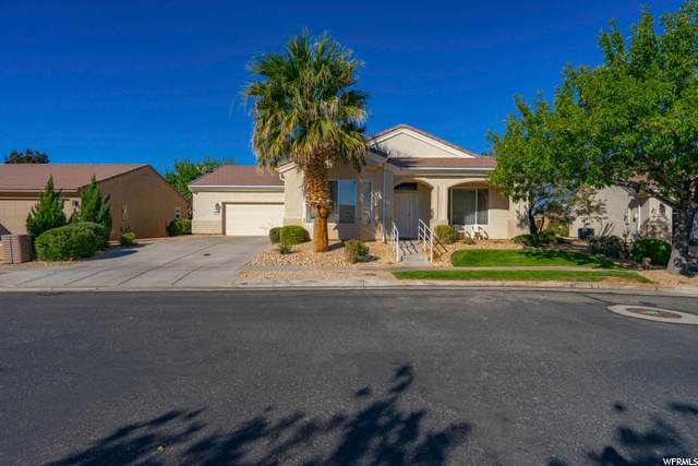 4516 S Copper River Dr, St. George, UT 84790 (#1710756) :: Colemere Realty Associates