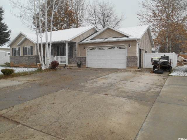 225 W 450 N, Santaquin, UT 84655 (#1712047) :: Pearson & Associates Real Estate