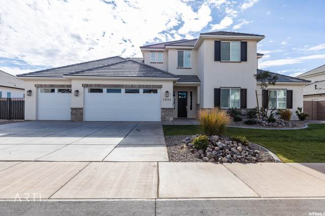 2904 E Willow Tree Ln, St. George, UT 84790 (#1712975) :: Colemere Realty Associates