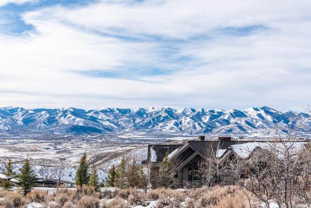 2603 Canyon Gate Rd, Park City, UT 84098 (#1713554) :: goBE Realty