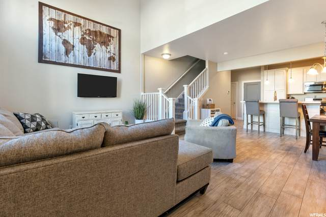 5154 W Stockfield Ln, Herriman, UT 84096 (MLS #1714027) :: Lookout Real Estate Group