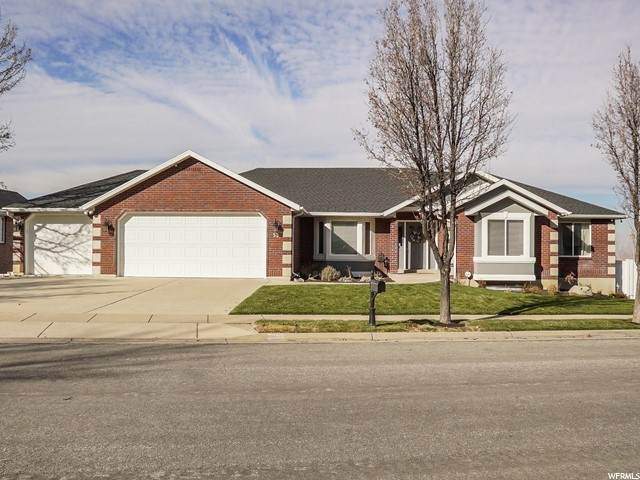 53 N Fox Hill Rd E, North Salt Lake, UT 84054 (#1714571) :: Big Key Real Estate
