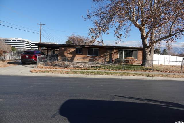 5453 Allendale Dr, Murray, UT 84123 (#1714589) :: Big Key Real Estate