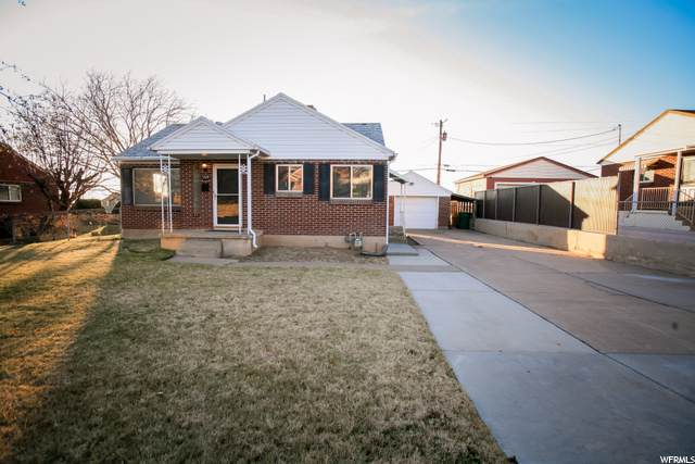 5309 S 2425 W, Roy, UT 84067 (MLS #1714615) :: Lawson Real Estate Team - Engel & Völkers