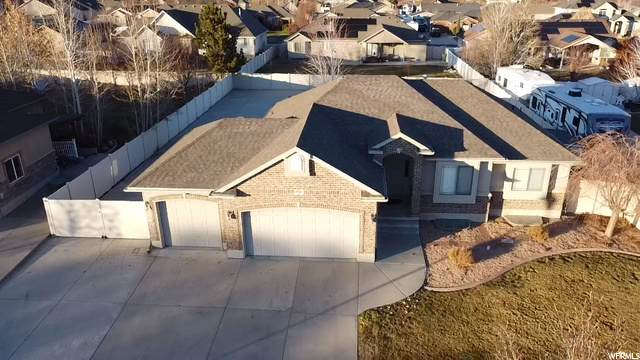 4916 W Pine Laurel Ln, West Jordan, UT 84081 (#1714616) :: Colemere Realty Associates