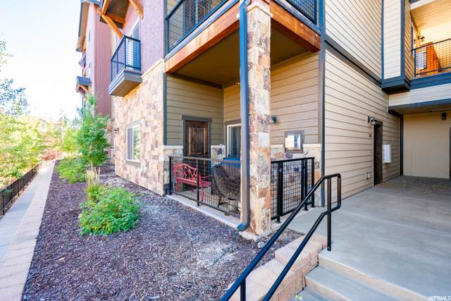 5461 N Luge Ln #2103, Park City, UT 84098 (#1714745) :: Utah Best Real Estate Team | Century 21 Everest