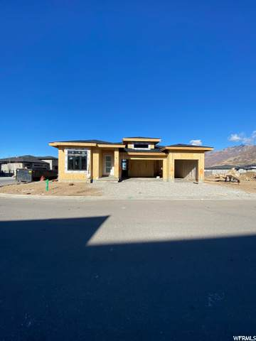 3367 E Jallais Ln S #404, Cottonwood Heights, UT 84093 (#1714881) :: Big Key Real Estate