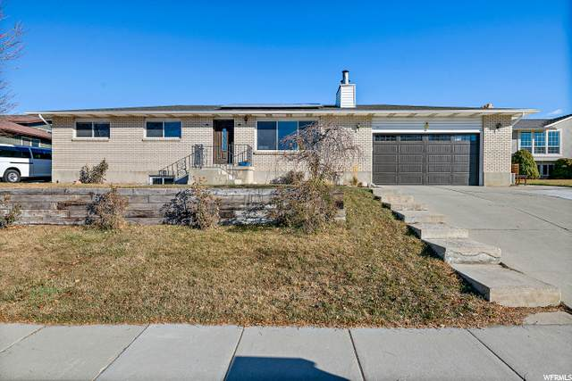 10357 S Weeping Willow Dr E, Sandy, UT 84070 (#1715157) :: The Fields Team