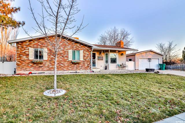 329 Carol Dr, Layton, UT 84041 (#1715425) :: Big Key Real Estate