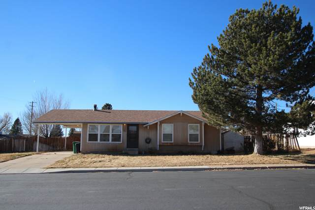 411 N Cedar Cir, Blanding, UT 84511 (#1715436) :: Red Sign Team