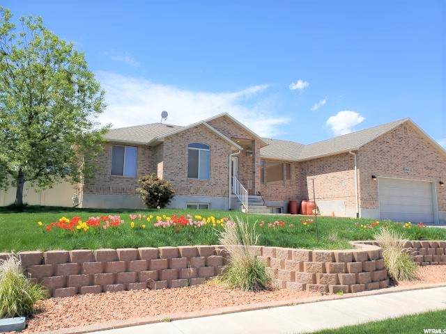 669 N Badger Ln W, Saratoga Springs, UT 84045 (#1715585) :: Berkshire Hathaway HomeServices Elite Real Estate