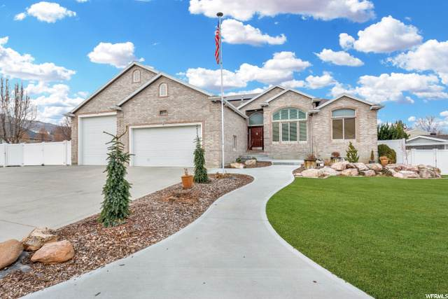 8093 S 2475 E, South Weber, UT 84405 (#1716439) :: Doxey Real Estate Group