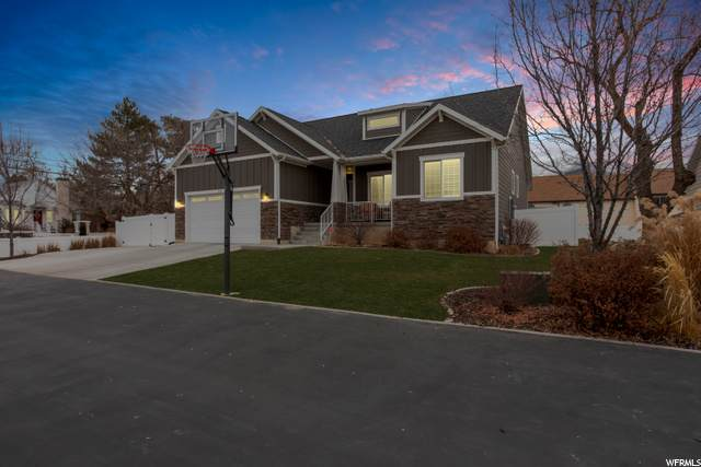 215 W 100 S, Kaysville, UT 84037 (#1718244) :: Doxey Real Estate Group