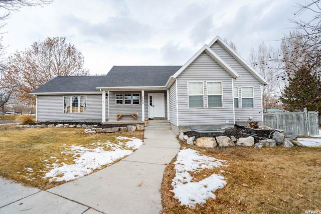 3353 Windhover Rd - Photo 1