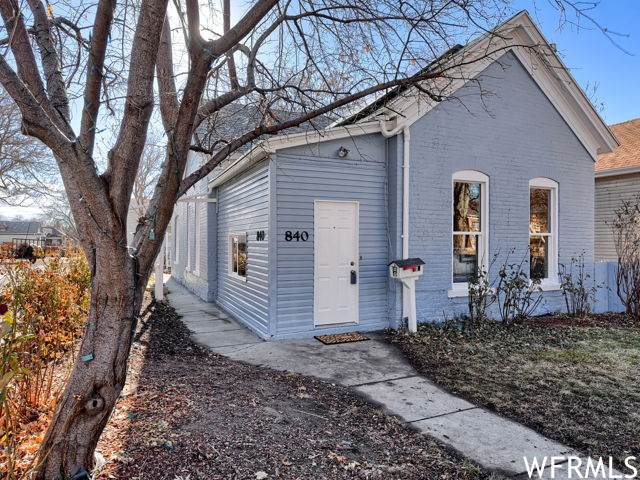 842 E 100 S, Salt Lake City, UT 84102 (#1719103) :: Big Key Real Estate