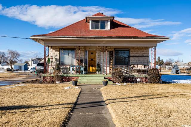 5753 S 5900 W, Hooper, UT 84315 (#1719105) :: Doxey Real Estate Group
