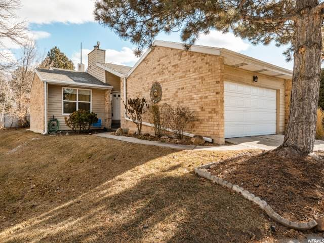 6415 S Tanner Ln, Salt Lake City, UT 84121 (#1719378) :: Colemere Realty Associates