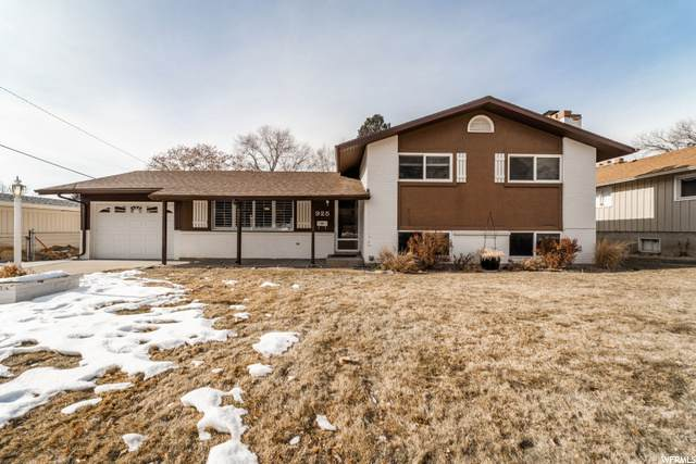 925 S Simoron Dr E, Ogden, UT 84404 (#1719425) :: Doxey Real Estate Group