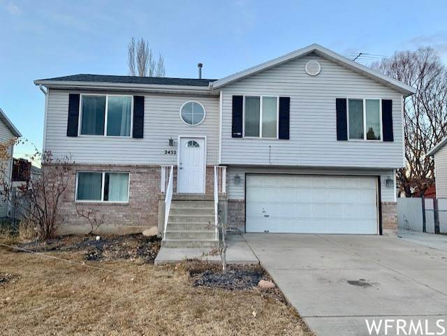 2432 W 1850 N, Clearfield, UT 84015 (#1720617) :: Berkshire Hathaway HomeServices Elite Real Estate