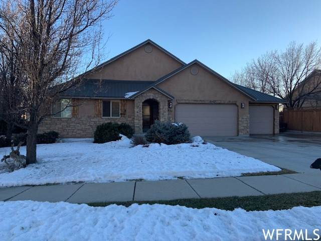 835 E 1925 N, North Ogden, UT 84414 (#1721026) :: Big Key Real Estate