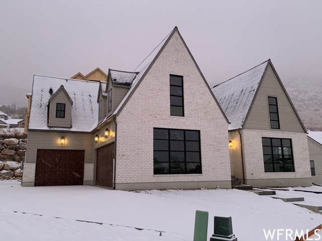 1738 N Foothill Cir, Farmington, UT 84025 (#1721402) :: Colemere Realty Associates