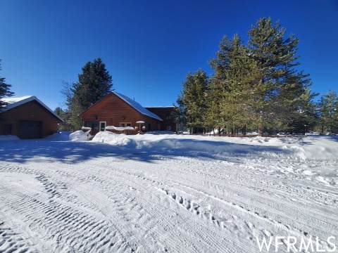 4073 Winchester Rd, Island Park, ID 83429 (MLS #1721499) :: Summit Sotheby's International Realty