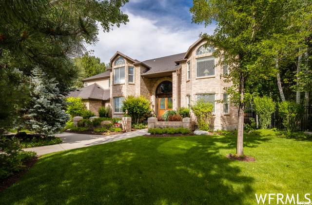 6 E Mistywood Ln S, Sandy, UT 84092 (MLS #1722568) :: Summit Sotheby's International Realty