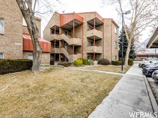 4826 S Highland Cir E #211, Salt Lake City, UT 84117 (MLS #1724185) :: Summit Sotheby's International Realty
