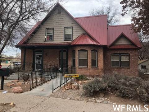 198 E Center St, Moab, UT 84532 (#1725103) :: McKay Realty