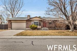 6816 S 3370 W, West Jordan, UT 84084 (MLS #1728232) :: Lookout Real Estate Group