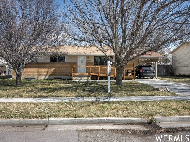 275 S Chadwick Cir W, American Fork, UT 84003 (MLS #1729987) :: Lookout Real Estate Group