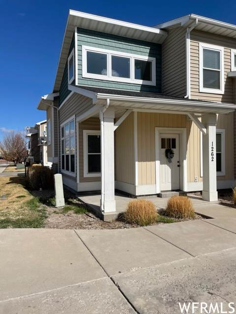 1262 W 2401 S, Nibley, UT 84321 (#1732667) :: Colemere Realty Associates