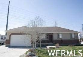 14842 S 2700 W, Riverton, UT 84065 (#1734843) :: Red Sign Team